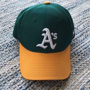 Other - MLB Baseball Hat - Adjustable